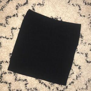 Black bodycon miniskirt